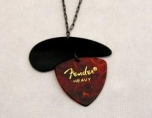 Guitar pick necklace for Motherrr 11-11
